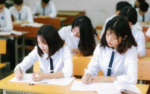 Học sinh tiếng Anh là gì